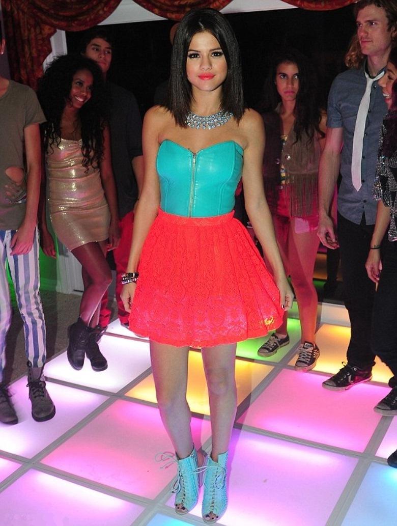 Selena Gomez: Hit the Lights | Nasty Style